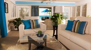 Bora Bora Lower villa in Paynes Bay, Barbados