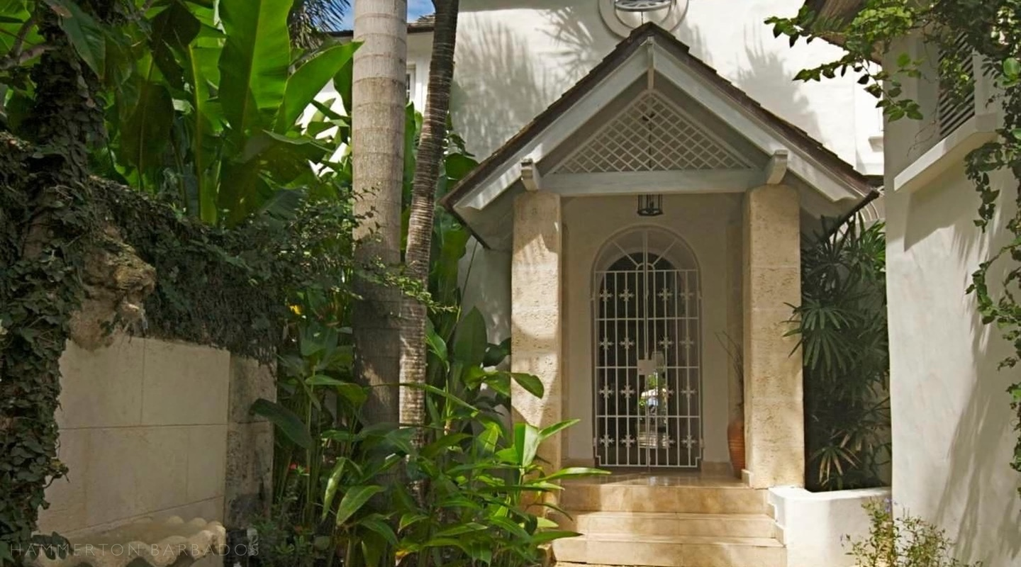 Emerald Beach 4 - Plumbago villa in Gibbs, Barbados