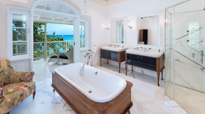 Hemingway House Bathroom