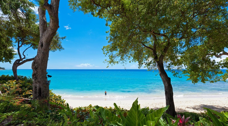 Merlin Bay - Oceans Edge villa in The Garden, Barbados