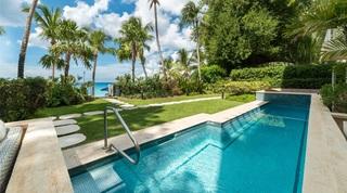 Smugglers Cove 2 villa in Paynes Bay, Barbados