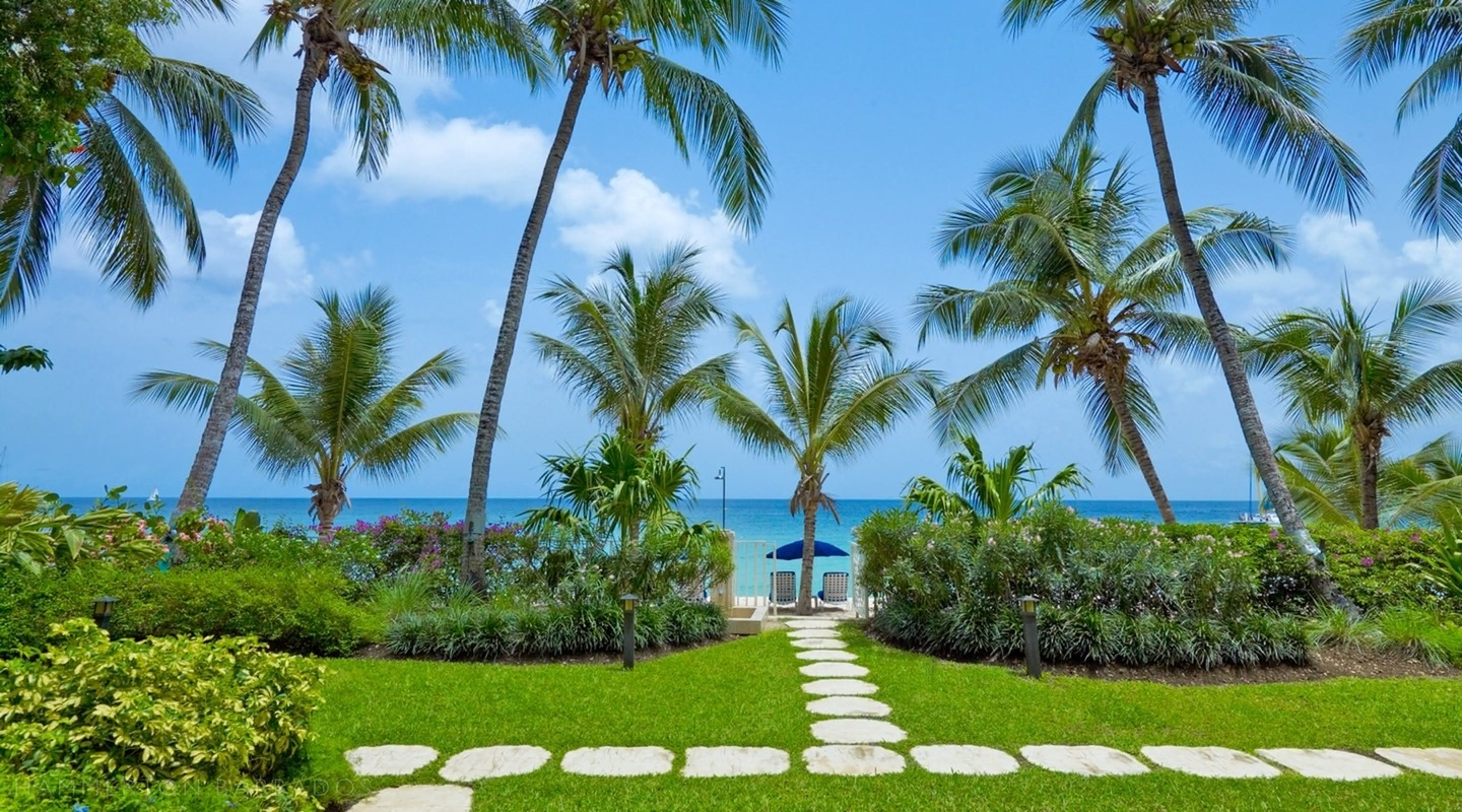 Smugglers Cove 7 - The Penthouse villa in Paynes Bay, Barbados